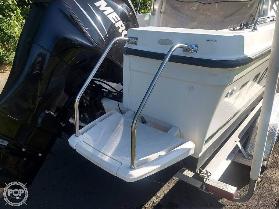 2001 Trophy boat for sale, model of the boat is 2002 Walk Around & Image # 8 of 40
