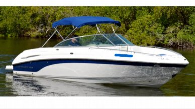 2002 Chaparral 260 SSI Bowrider With Bimini Top