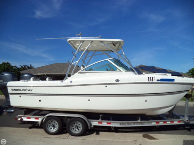 World Cat 230 DC, 22', for sale - $98,900