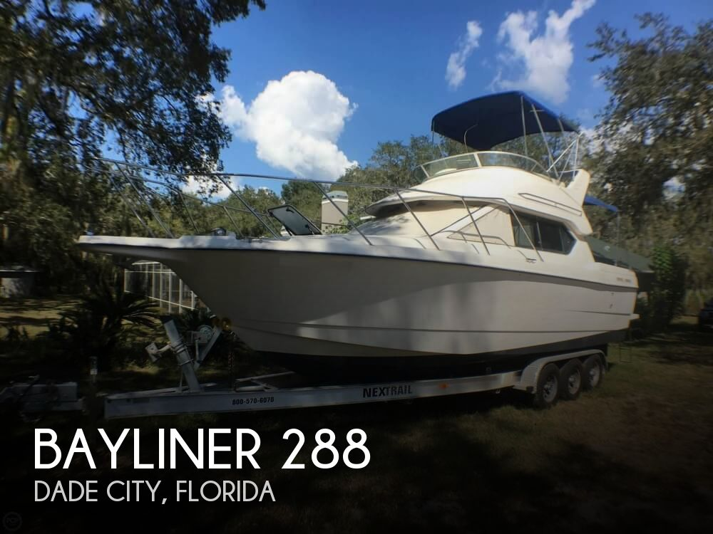2004 BAYLINER 288 CLASSIC for sale
