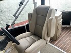 Captains Chair, Arms Up