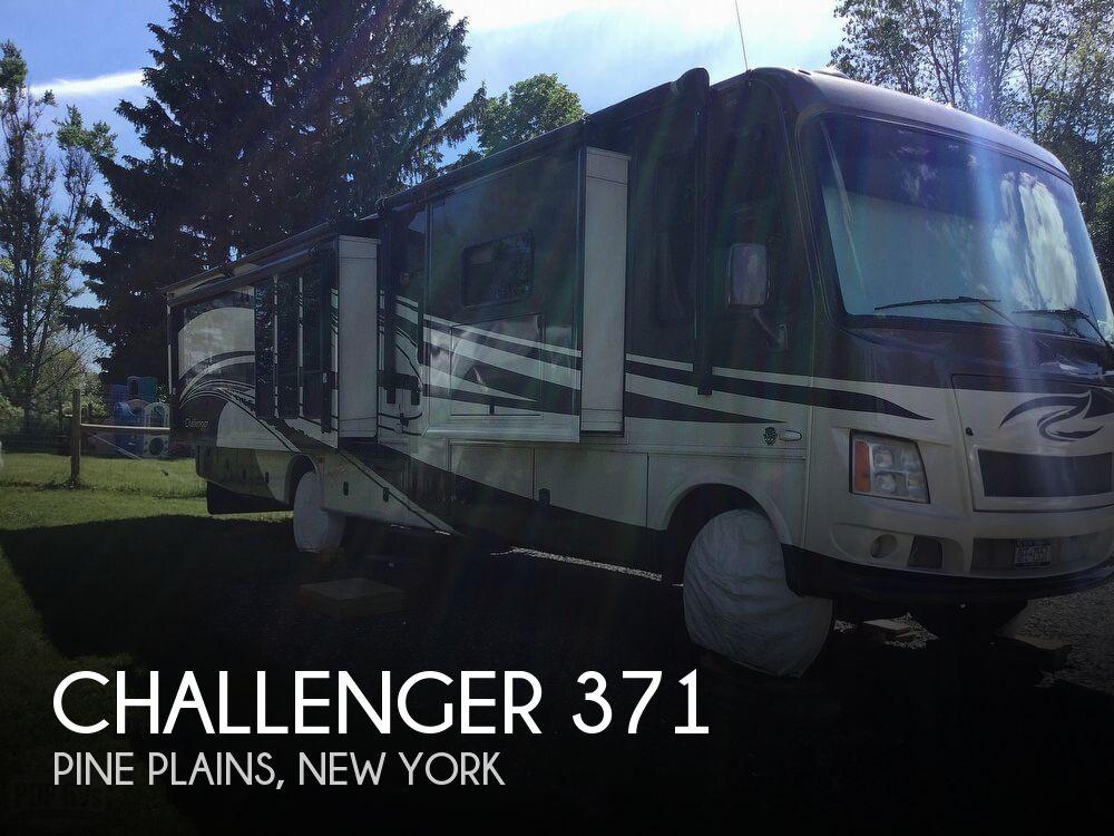 2011 Damon Challenger 371