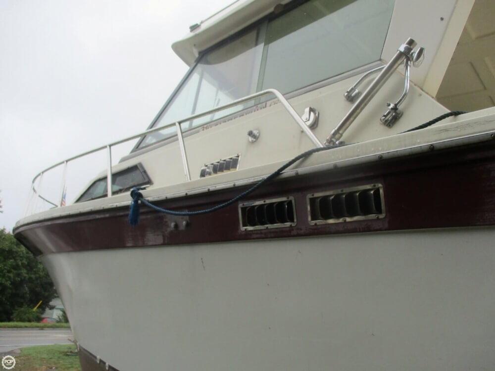 1990 Baha Cruisers boat for sale, model of the boat is 310 Sport Fisherman & Image # 8 of 41