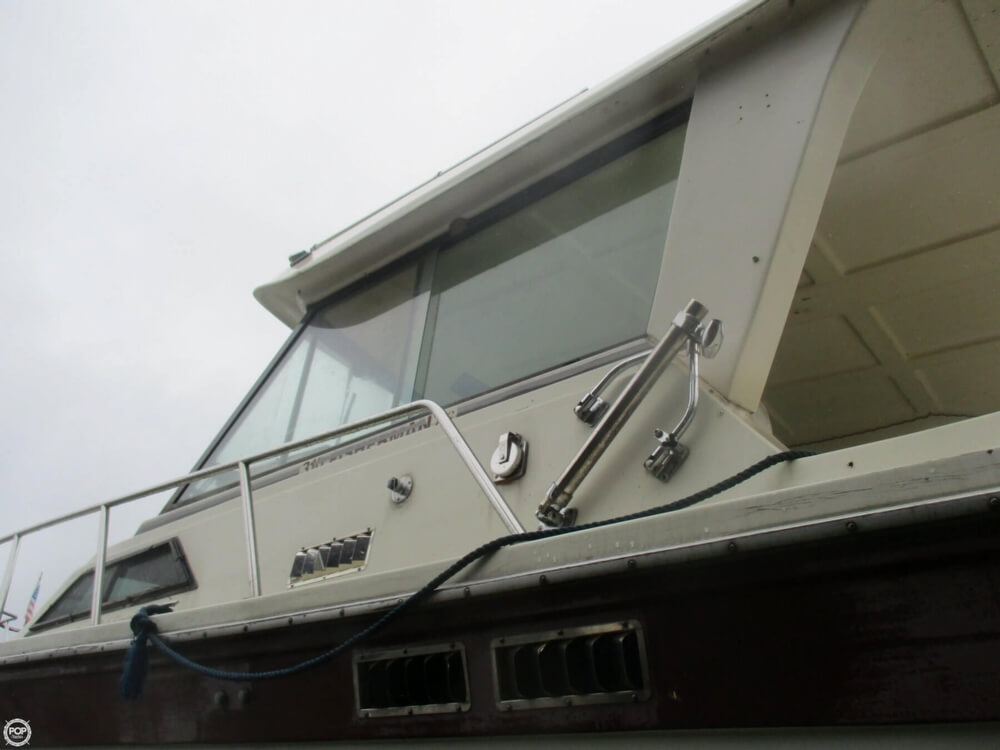 1990 Baha Cruisers boat for sale, model of the boat is 310 Sport Fisherman & Image # 17 of 41