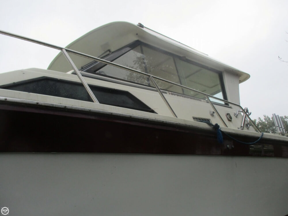 1990 Baha Cruisers boat for sale, model of the boat is 310 Sport Fisherman & Image # 18 of 41