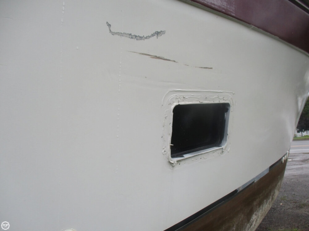 1990 Baha Cruisers boat for sale, model of the boat is 310 Sport Fisherman & Image # 20 of 41