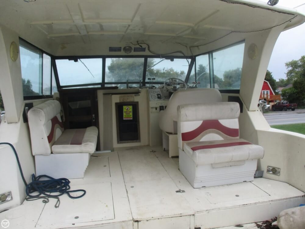 1990 Baha Cruisers boat for sale, model of the boat is 310 Sport Fisherman & Image # 22 of 41