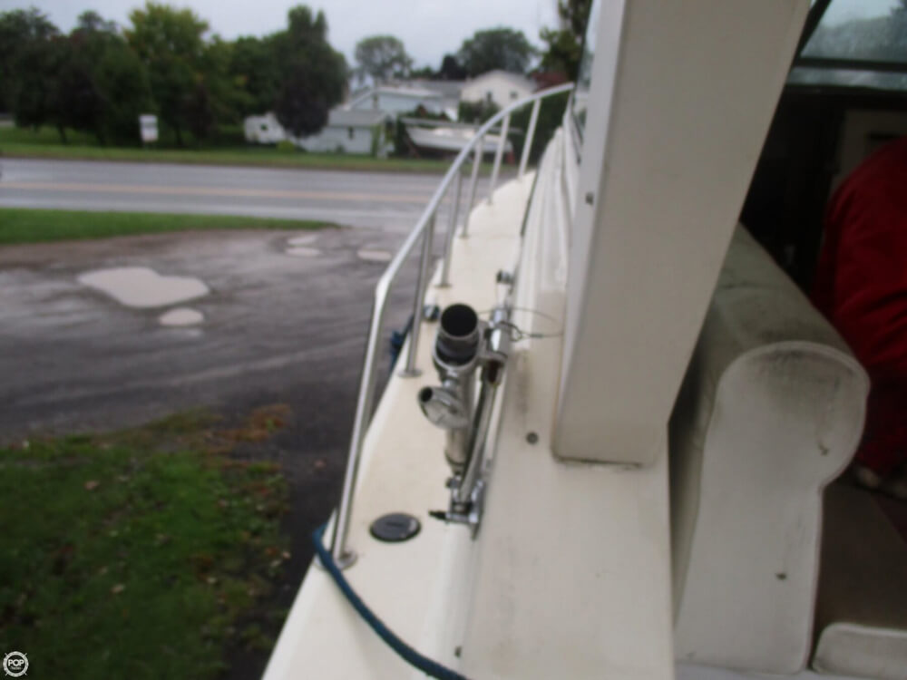 1990 Baha Cruisers boat for sale, model of the boat is 310 Sport Fisherman & Image # 38 of 41