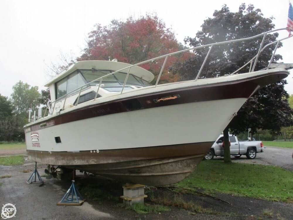 1990 Baha Cruisers boat for sale, model of the boat is 310 Sport Fisherman & Image # 2 of 41