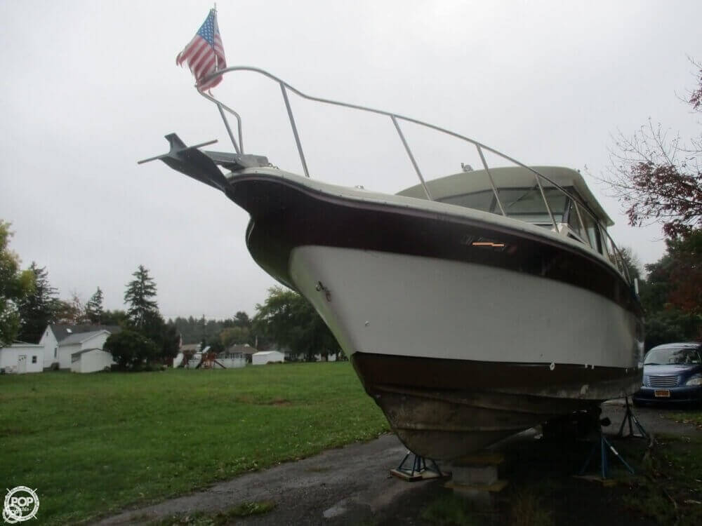 1990 Baha Cruisers boat for sale, model of the boat is 310 Sport Fisherman & Image # 4 of 41