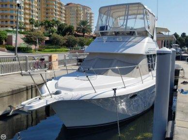 Carver 325 Aft Cabin Motoryacht, 32', for sale - $22,000