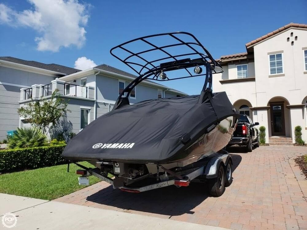 2017 Yamaha boat for sale, model of the boat is 242X E & Image # 7 of 40