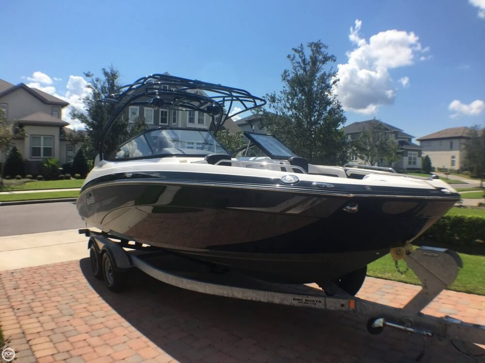 2017 Yamaha boat for sale, model of the boat is 242X E & Image # 9 of 40