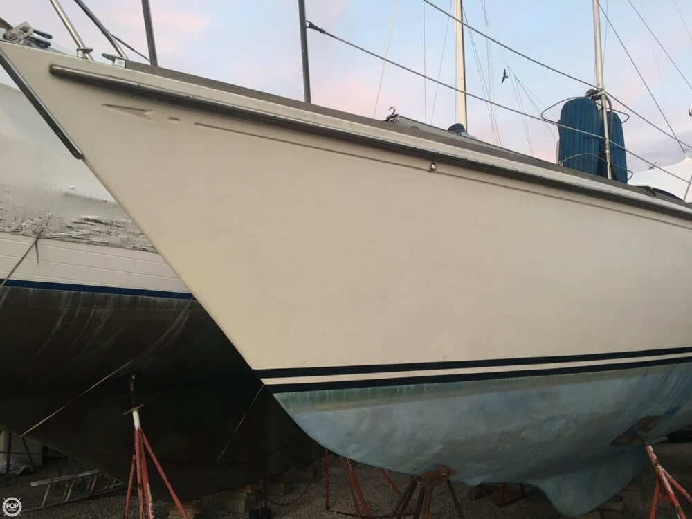 1983 Bristol Boats boat for sale, model of the boat is 35.5C & Image # 35 of 40