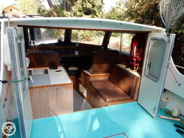 1957 Tollycraft boat for sale, model of the boat is 21 & Image # 6 of 40