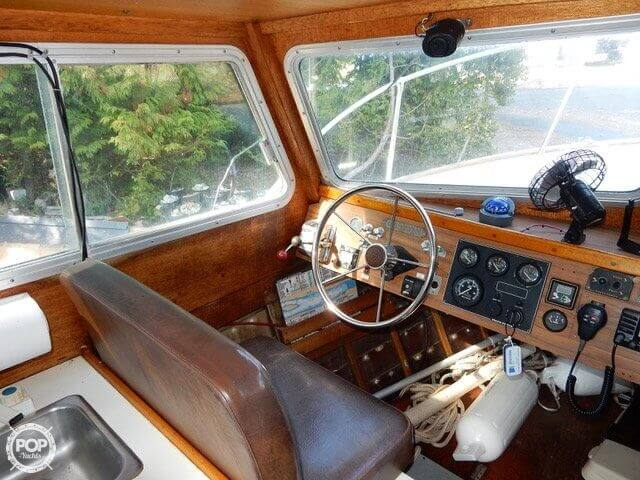 1957 Tollycraft boat for sale, model of the boat is 21 & Image # 3 of 40