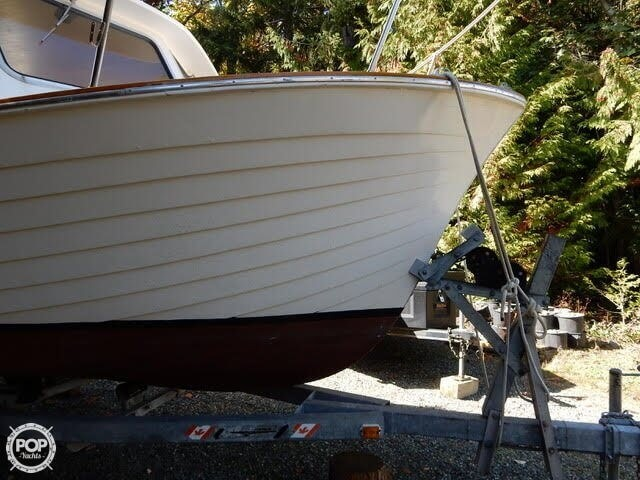 1957 Tollycraft boat for sale, model of the boat is 21 & Image # 15 of 40