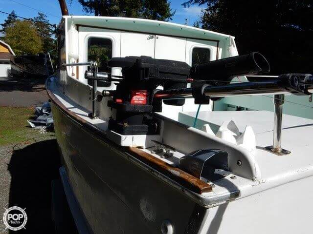 1957 Tollycraft boat for sale, model of the boat is 21 & Image # 20 of 40