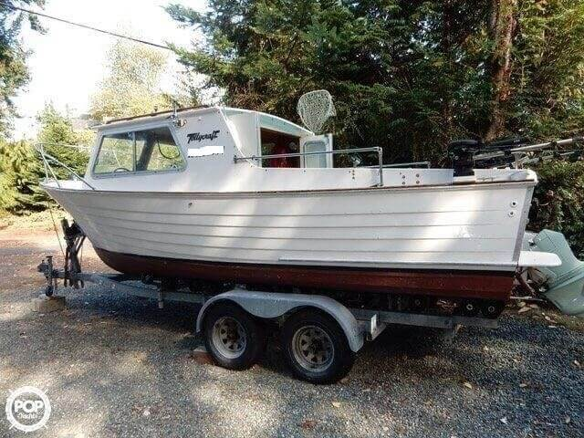 1957 Tollycraft boat for sale, model of the boat is 21 & Image # 2 of 40