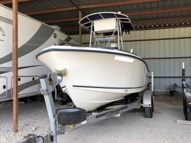 Sea Hunt Triton 212, 21', for sale
