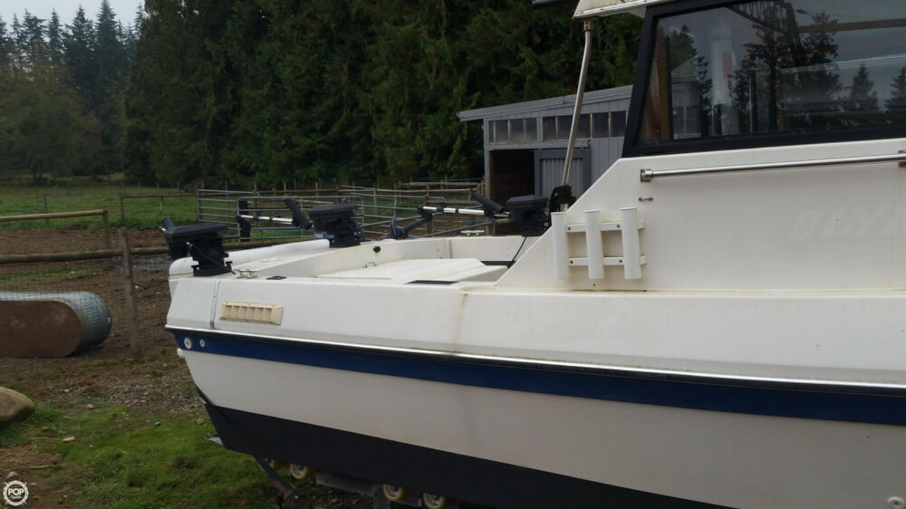1990 Olympic Boat Co boat for sale, model of the boat is 23 & Image # 12 of 40