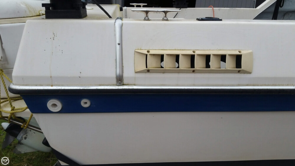 1990 Olympic Boat Co boat for sale, model of the boat is 23 & Image # 39 of 40