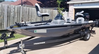 Search Tracker Boats For Sale