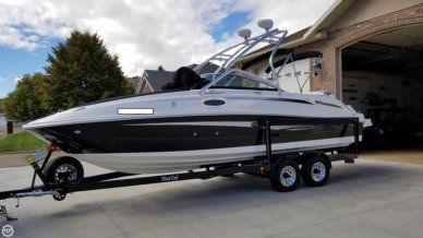 Sea Ray 260 SD, 26', for sale - $69,850
