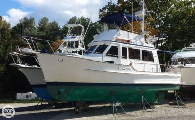 Island Gypsy 32 Sedan Trawler, 32, for sale - $68,000