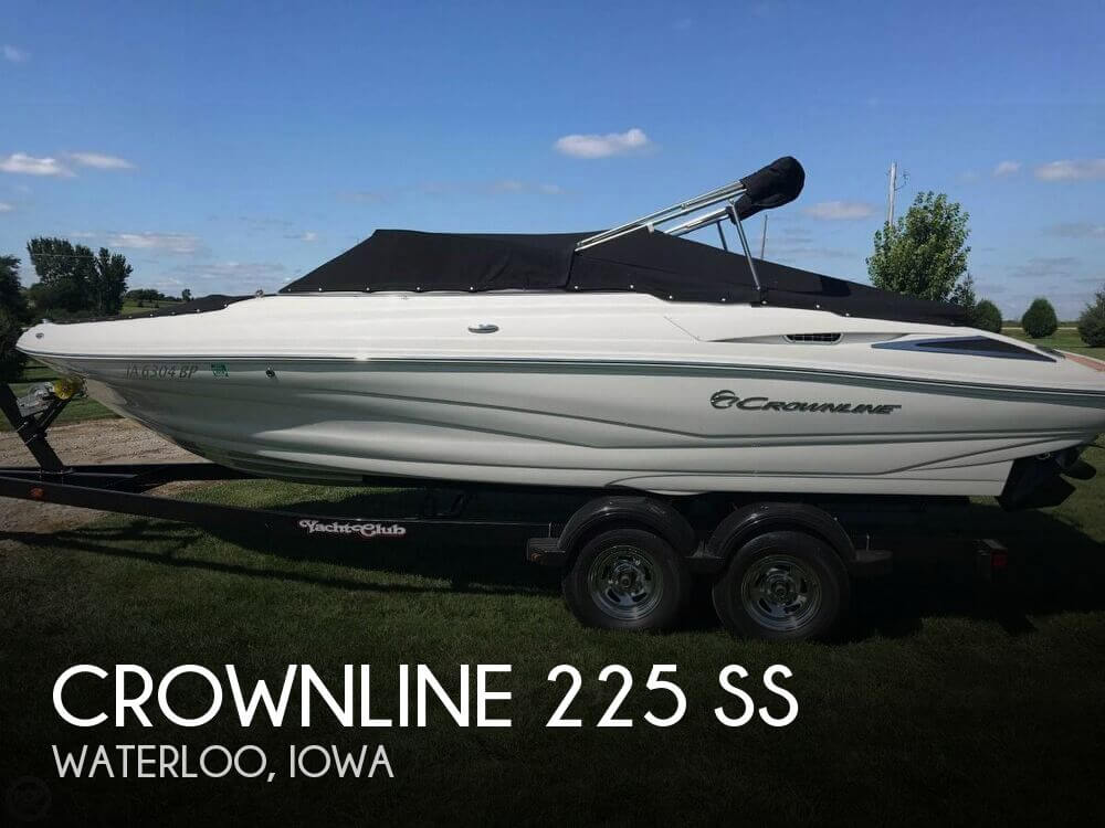 Used Boats For Sale in Cedar Rapids, Iowa by owner | 2016 Crownline 22