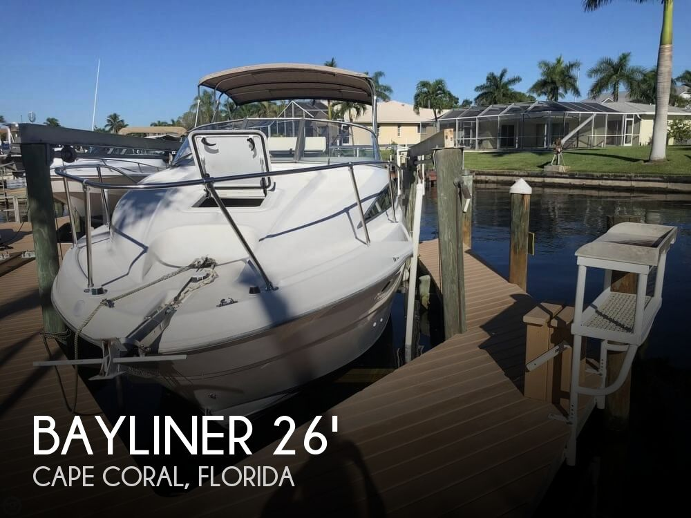 2001 Bayliner 2655 CIERA SUNBRIDGE