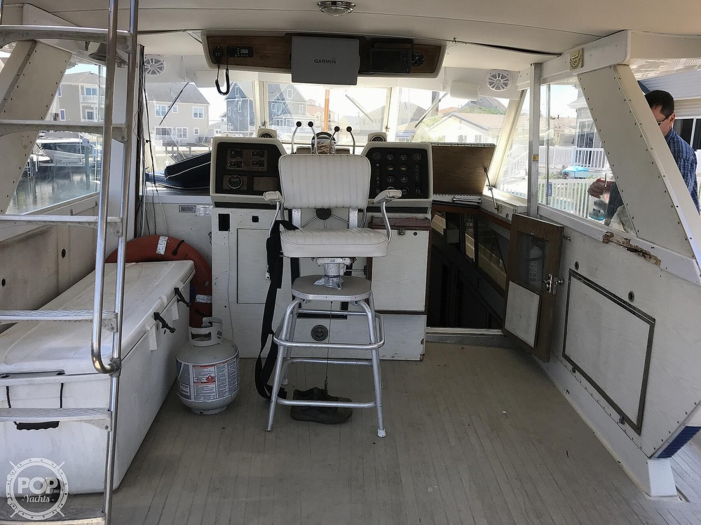 1970 Chris Craft boat for sale, model of the boat is 47 Commander & Image # 14 of 40