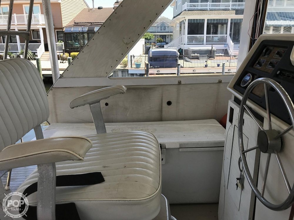 1970 Chris Craft boat for sale, model of the boat is 47 Commander & Image # 17 of 40