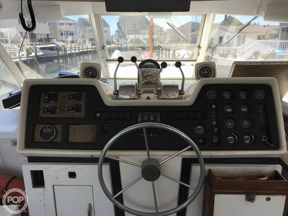 1970 Chris Craft boat for sale, model of the boat is 47 Commander & Image # 18 of 40