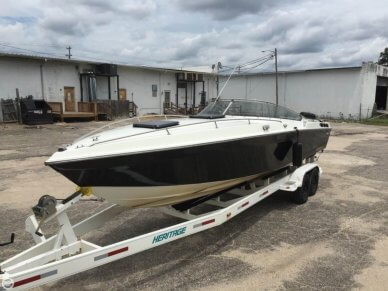 Wellcraft 29, 29', for sale - $25,000