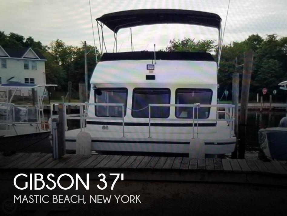 Used Houseboats For Sale in New York by owner | 1995 Gibson 37