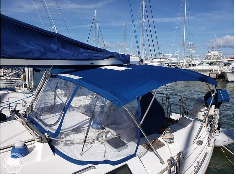 1992 Catalina Yachts boat for sale, model of the boat is 42 Wing Keel & Image # 10 of 18