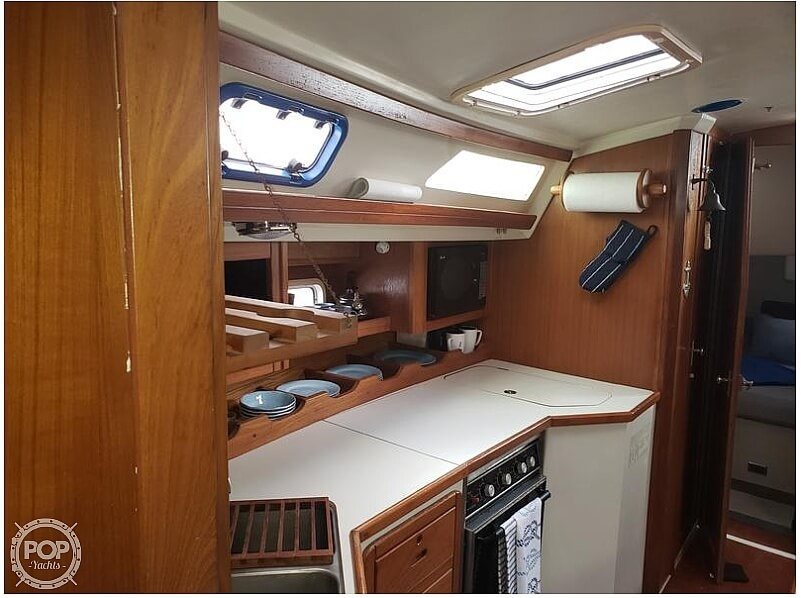 1992 Catalina Yachts boat for sale, model of the boat is 42 Wing Keel & Image # 11 of 18