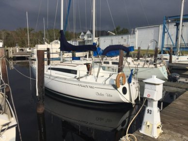 Beneteau First 26, 26', for sale - $17,400