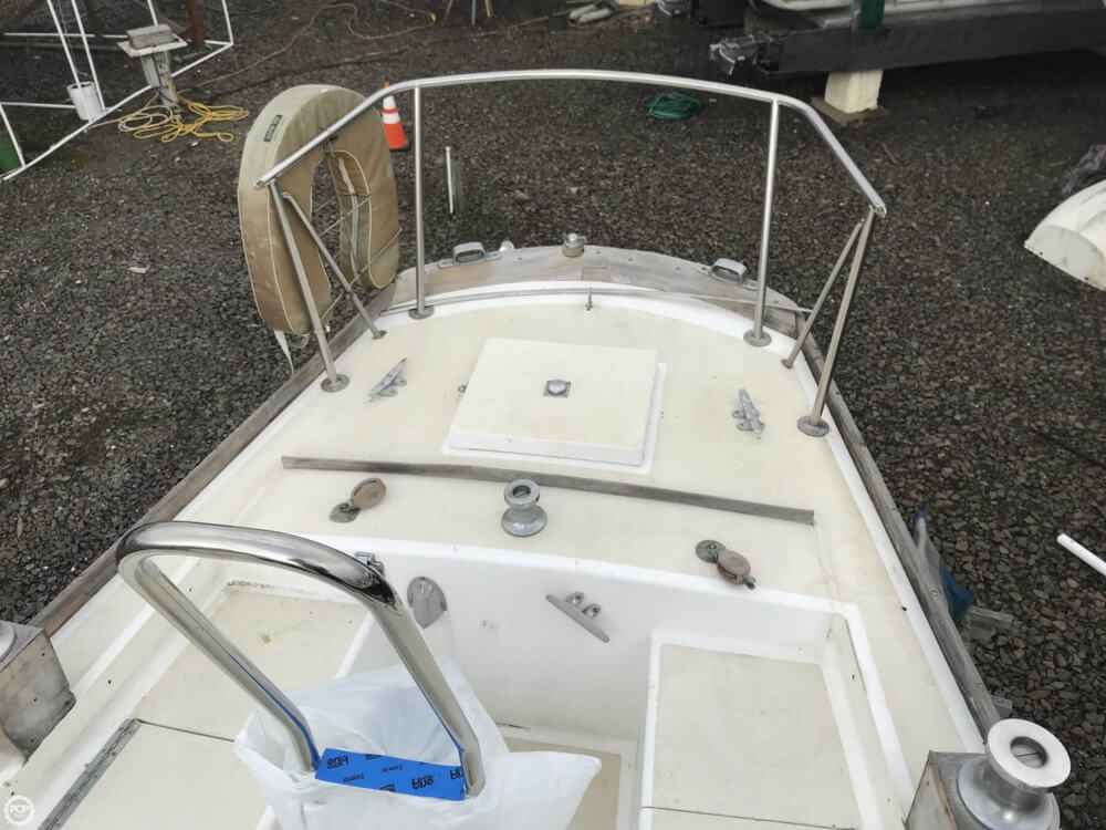 1966 Pearson boat for sale, model of the boat is Vanguard 33 & Image # 24 of 40
