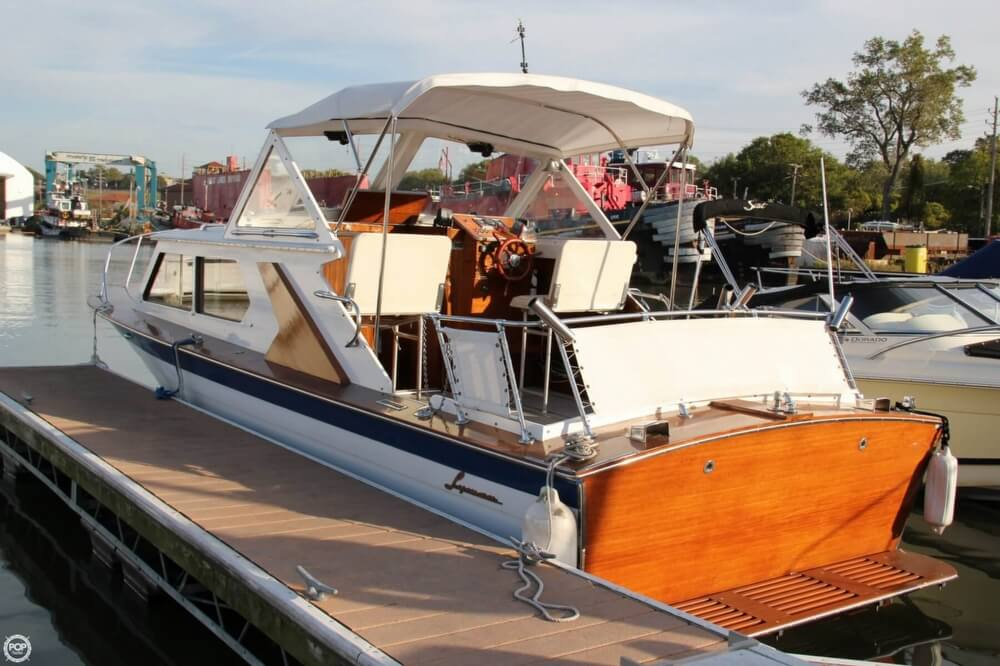 1969 Lyman boat for sale, model of the boat is 26 Express Cruiser & Image # 2 of 40