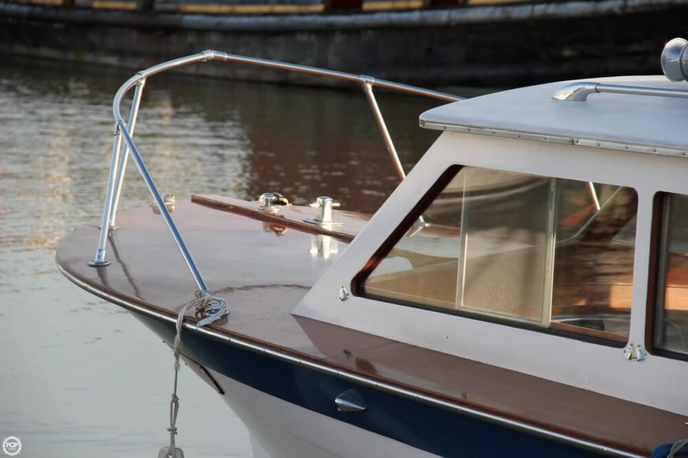 1969 Lyman boat for sale, model of the boat is 26 Express Cruiser & Image # 5 of 40