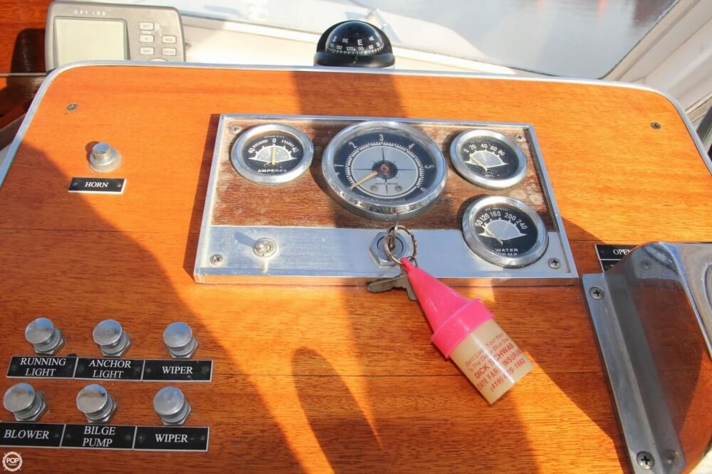 1969 Lyman boat for sale, model of the boat is 26 Express Cruiser & Image # 28 of 40