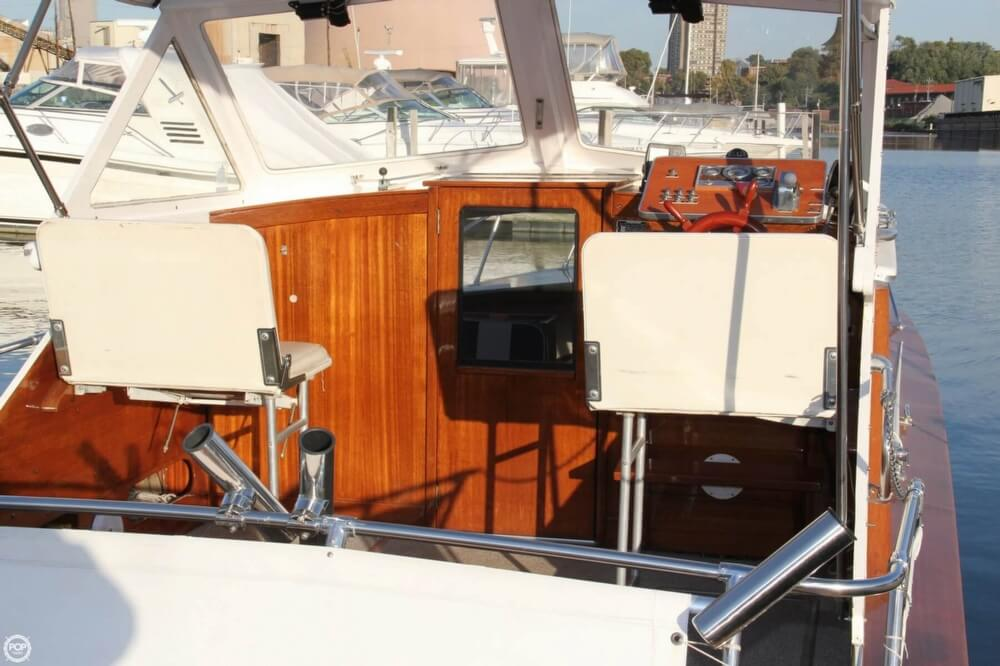 1969 Lyman boat for sale, model of the boat is 26 Express Cruiser & Image # 36 of 40