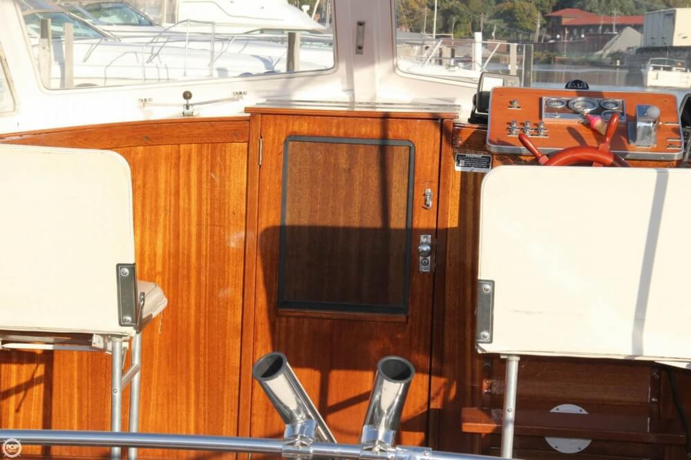 1969 Lyman boat for sale, model of the boat is 26 Express Cruiser & Image # 37 of 40