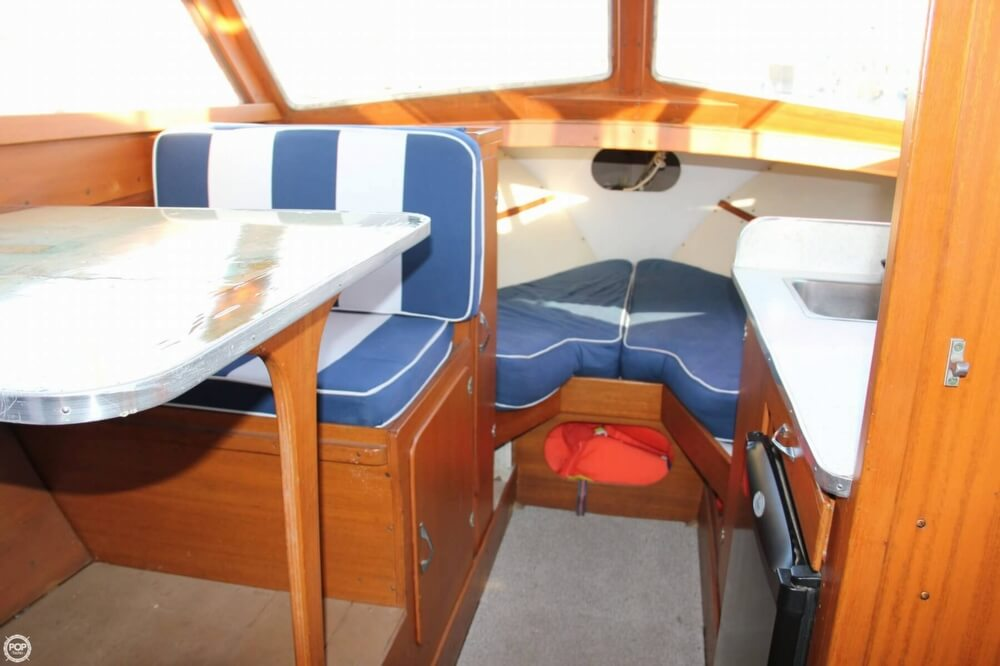 1969 Lyman boat for sale, model of the boat is 26 Express Cruiser & Image # 9 of 40