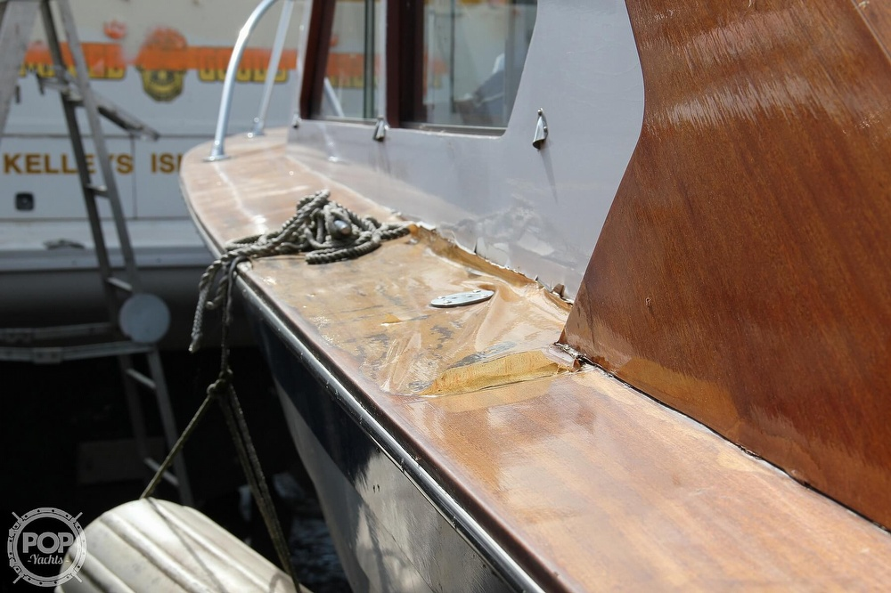 1969 Lyman boat for sale, model of the boat is 26 Express Cruiser & Image # 18 of 40
