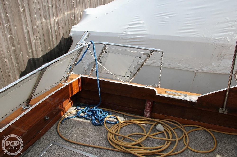 1969 Lyman boat for sale, model of the boat is 26 Express Cruiser & Image # 30 of 40