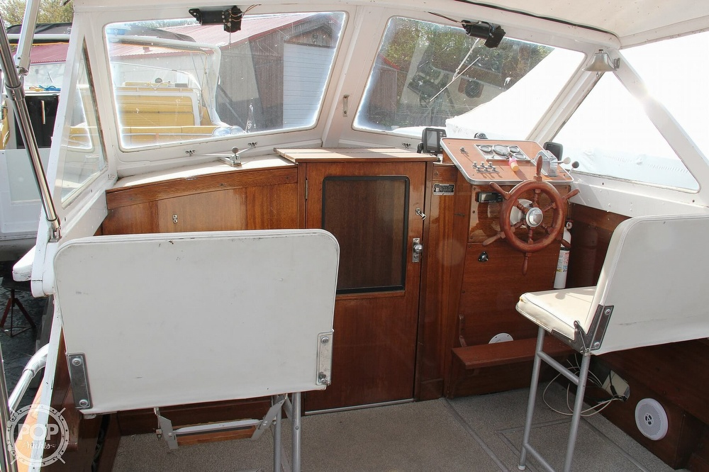 1969 Lyman boat for sale, model of the boat is 26 Express Cruiser & Image # 24 of 40