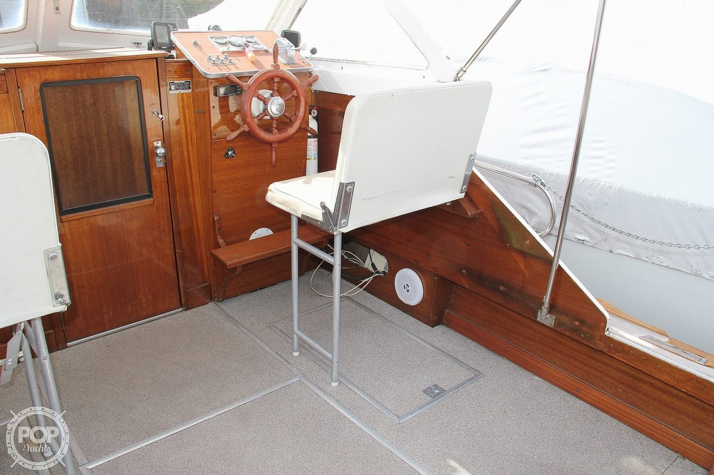 1969 Lyman boat for sale, model of the boat is 26 Express Cruiser & Image # 25 of 40